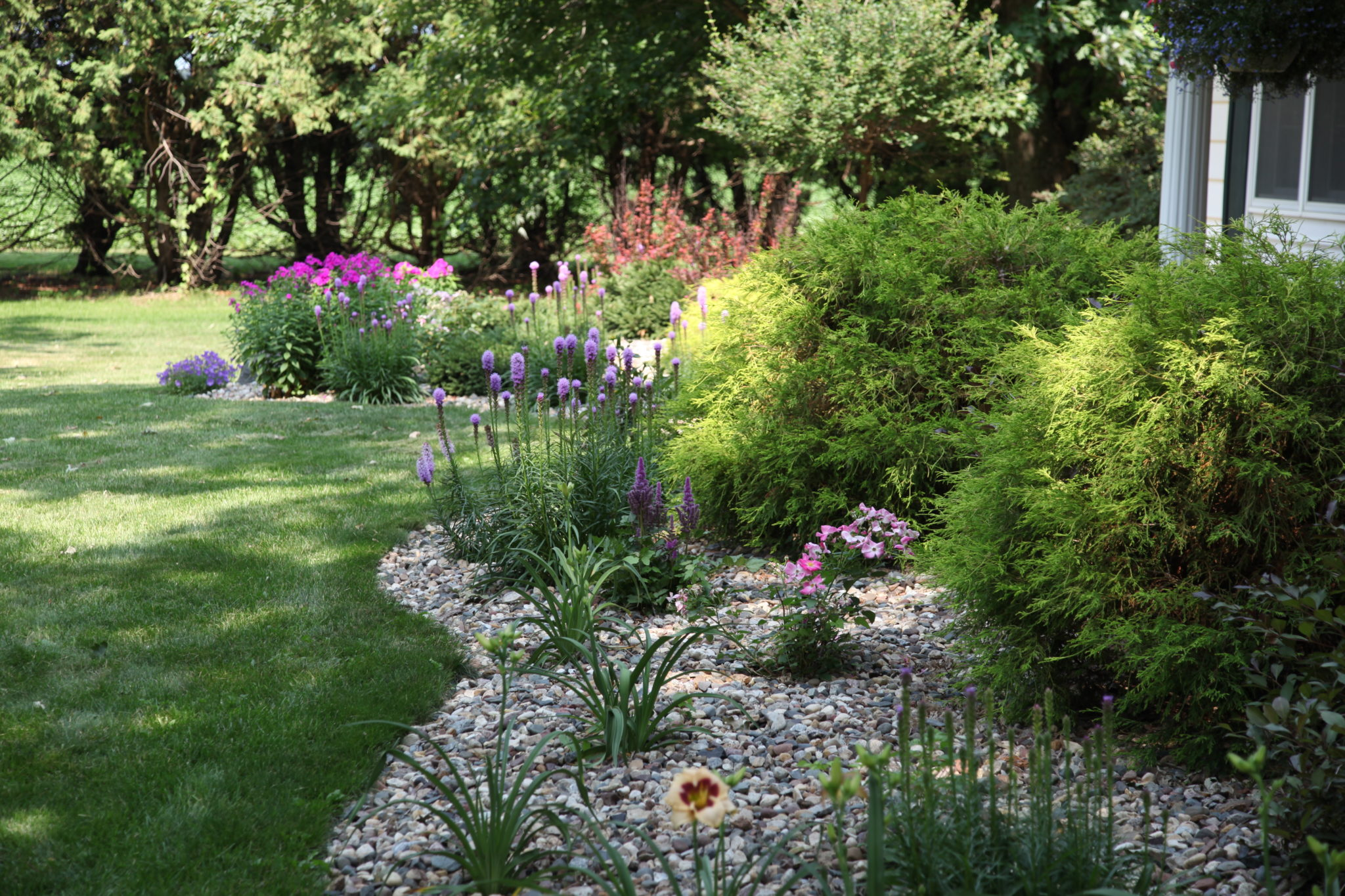 Landscaping landscape plans rochester area landscape for Garden design landscaping company