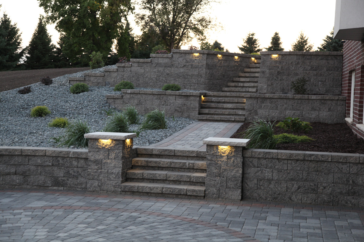 Paver Patio wall & Retaining Walls - Wall Blocks - Retaining Wall Designs - Landscape ...