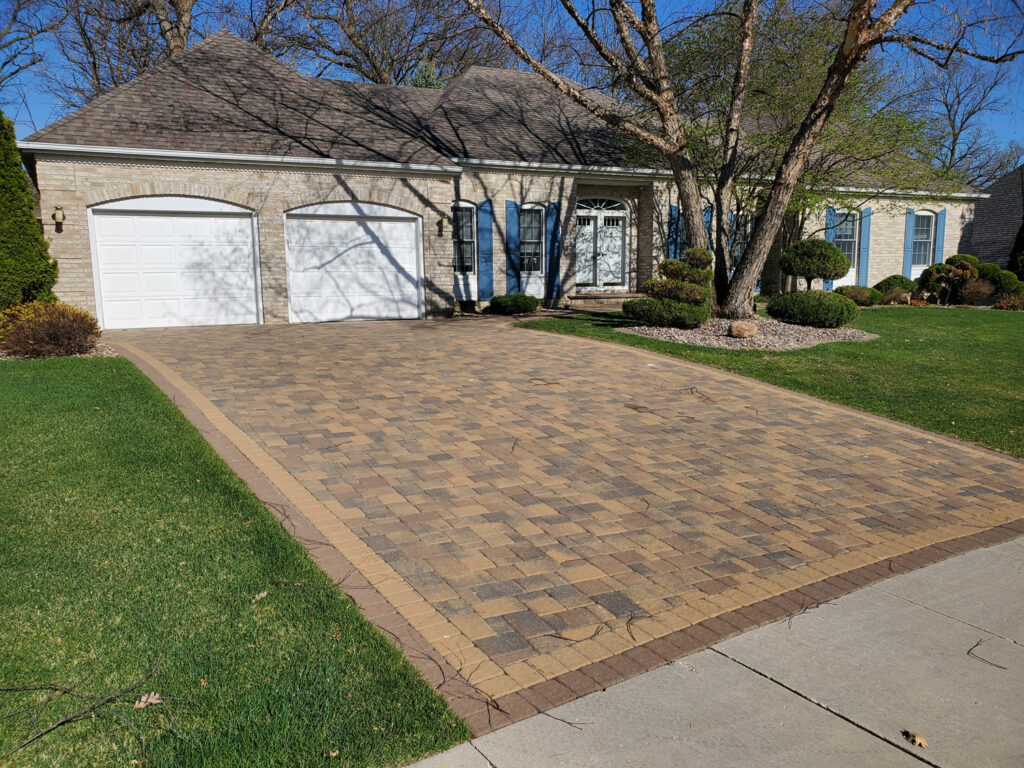 Paver driveway contractor near me in Minnesota